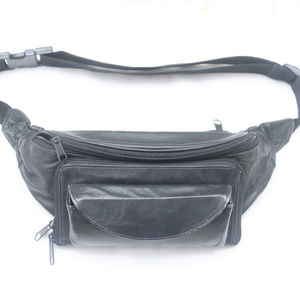 Other - 90's Vintage 5-Pocket Black Leather Fanny Pack